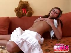 amateur girl touching her body