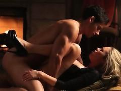 Камин секс видео