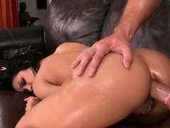 Abella Anderson loves anal fucking
